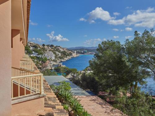 Junior Suite with Sea View - single occupancy Hotel Petit Cala Fornells 4