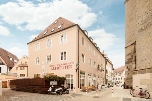 . Cafe-Hotel Altreuter