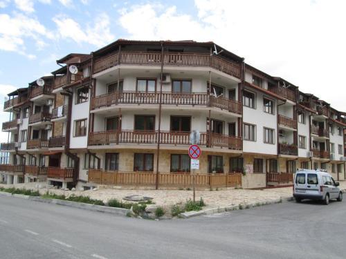 Alex 2 Alexander Services Apartments