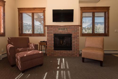The Maxwell Inn - Estes Park, CO 80517