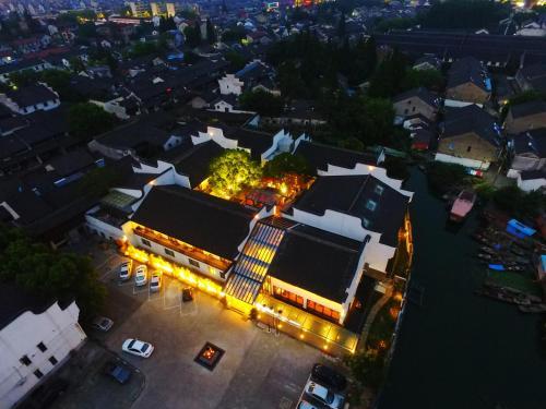 Wuzhen Mingli Hotel