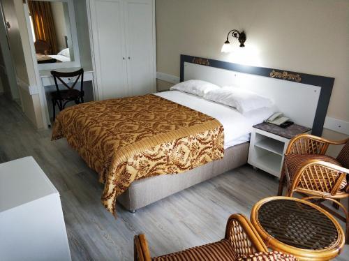 Hali Hotel - image 2
