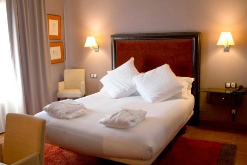 Suite Junior de 1 dormitorio  Hotel Balcón de la Cuesta 5
