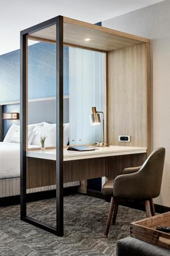 SpringHill Suites by Marriott New York Queens/Jamaica - image 7
