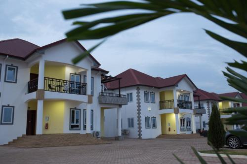 . candice serviced apartments
