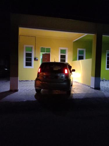 DYANA INN TRANSIT ROOMS, Kota Bharu