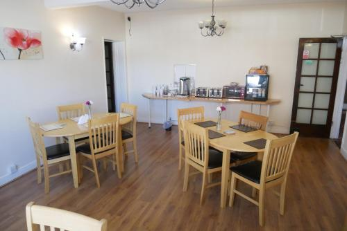 The Monsell Hotel - Photo 4 of 39