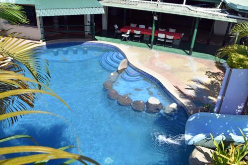 ザ グランド メラネシアン ホテル