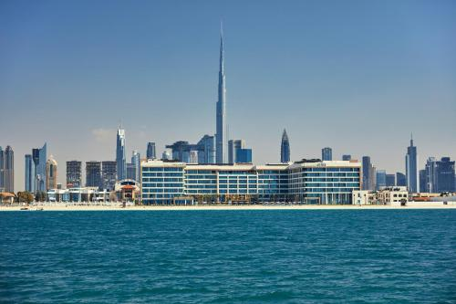 Jumeirah Beach Road, Jumeirah 1, Dubai, United Arab Emirates.