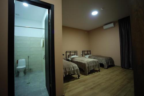 Triple Room with Bath