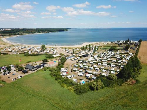 . Vikær Strand Camping & Cottages