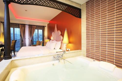 Chillax Resort photo 12