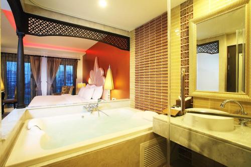 Chillax Resort photo 14