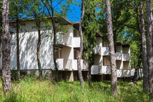 Pavilions   Bungalows Kacjak