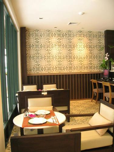Aphrodite Inn Bangkok photo 17