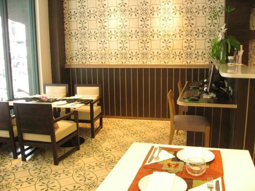 Aphrodite Inn Bangkok photo 18
