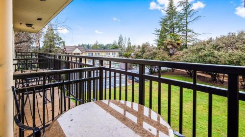 Best Western Gold Country Inn - Grass Valley, CA CA 95945