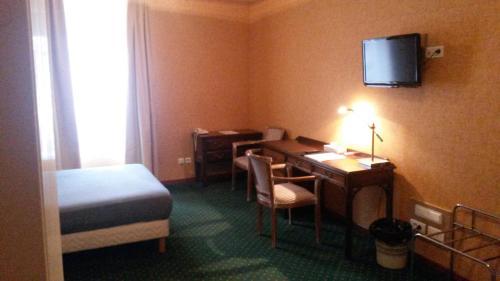 Basic Single or Double Room