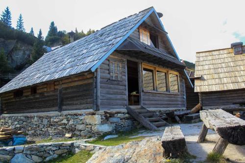 Koliba - Prokoško jezero - Accommodation - Fojnica