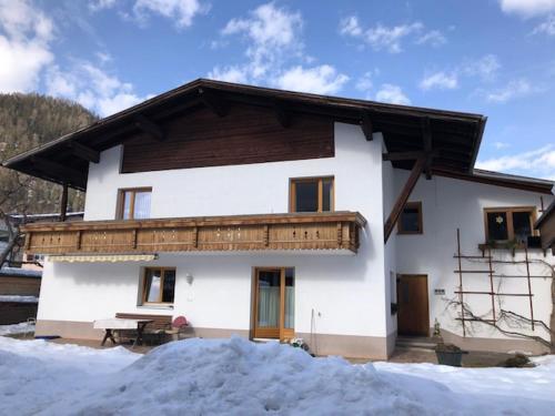 Gartenland - Apartment - Ried im Oberinntal