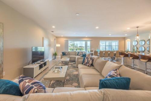 Luxury 5 Star Villa on Solterra ResortMinutes from Disney World Orlando Villa 2772 - image 6