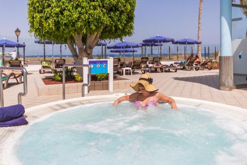Hotel Las Costas 15