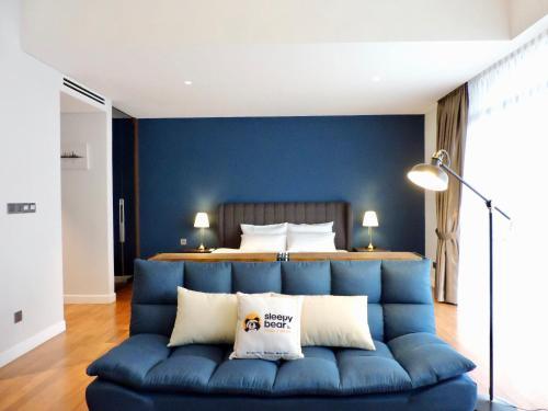 Gd Modern Cosy Designer Suite In
