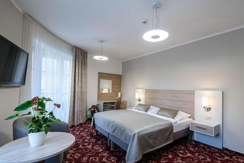 . Sport-V-Hotel