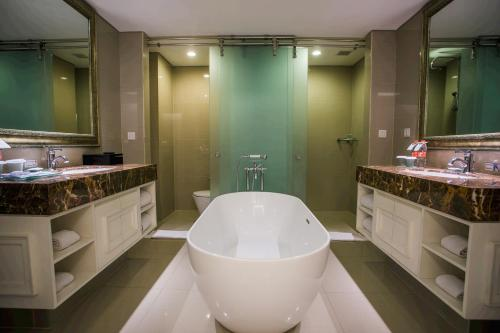 Kamar Suite King (Suite King Room)