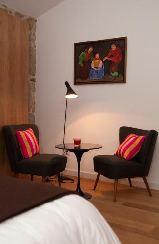 Double or Twin Room - single occupancy Os Lambráns 13