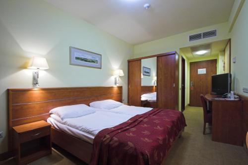 Benczur Hotel photo 15