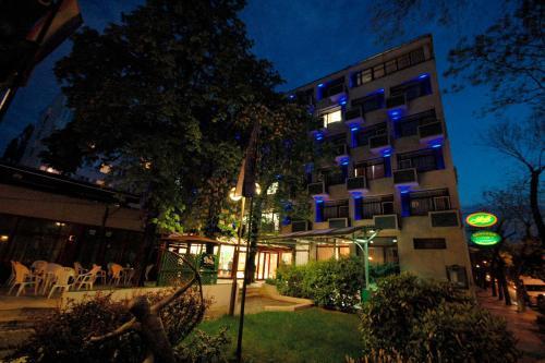 Benczur Hotel photo 16