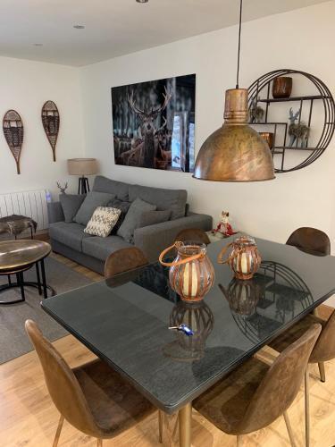 Apartaran 410 - Apartment - Betrén