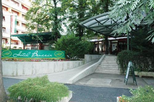 Benczur Hotel photo 23