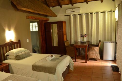 Acasia Guest Lodge - Photo 2 of 33