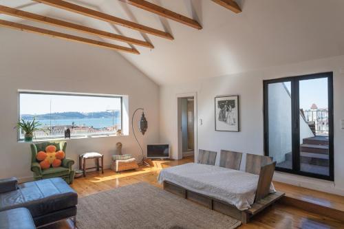 Feels Like Home - Chiado Apartments
