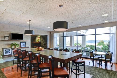 Hampton Inn Bloomsburg - Hotel