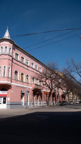 Taboroz, 6722 Szeged