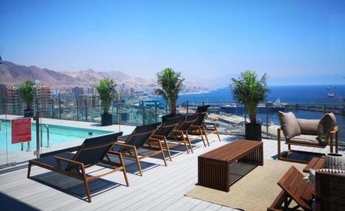 . The Flat Apartments & Suites