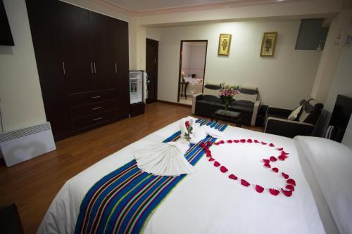 . Korimarka Suite Hotel