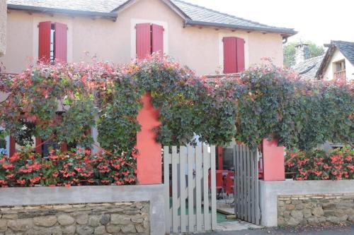 . Hôtel Les Vignes Rouges