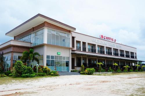 . Capital O 399 Kelayang Beach Hotel