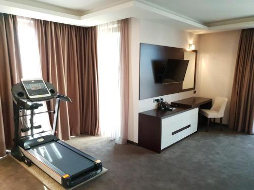 Viko Boutique Apart Hotel - Photo 2 of 75
