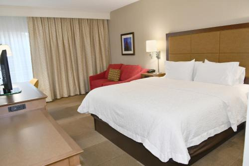 Hampton Inn And Suites Bethlehem - Bethlehem, PA 18017