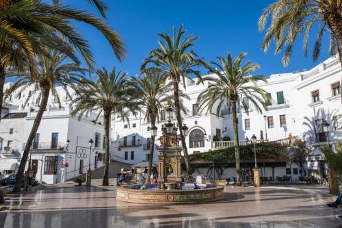 Plaza de España, 16, 11150 Vejer de la Frontera, Cádiz, Spain.
