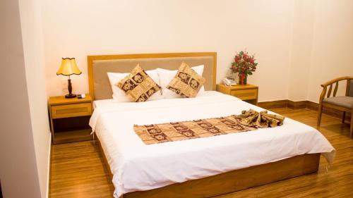 __{offers.Best_flights}__ Hoài Thương Hotel