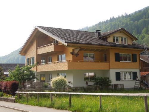 Gästehaus Graf - Apartment - Bezau