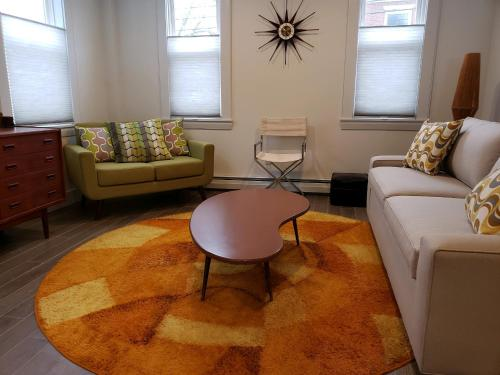 Two bedroom Mid Century Modern apartment in downtown Hallowell