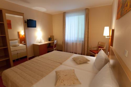 Hotel Petersburg Superior photo 31