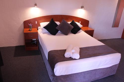 Фото отеля Gateway Motor Inn